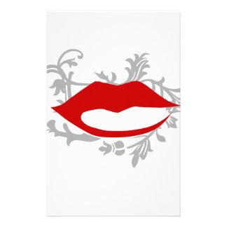 写実的な唇 便箋