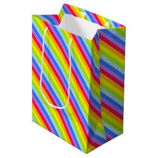 写実的な虹のストライプなギフトバッグ ミディアムペーパーバッグ