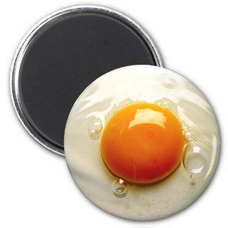 写真の上の卵焼きの明るい側面 マグネット