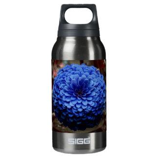 写真の上の青い花の終わり 断熱ウォーターボトル