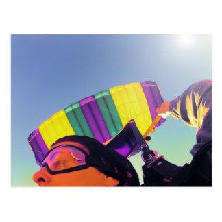 写真の完全なskydiver ポストカード
