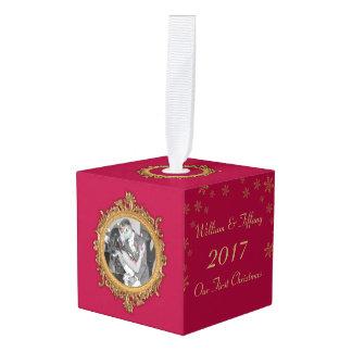 写真の立方体のオーナメントを結婚する初めてのクリスマス キューブオーナメント