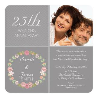 写真の銀の第25結婚記念日の招待状 カード