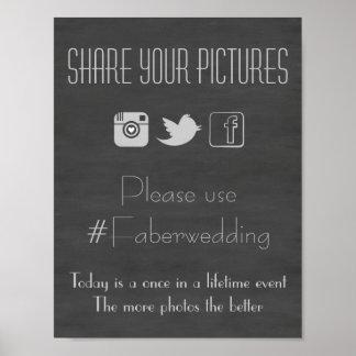 写真のHashtagの印を結婚する黒板の社会的な媒体 ポスター