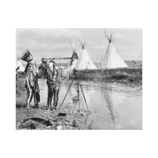 写真Negatives 1913年を見ているインディアン キャンバスプリント