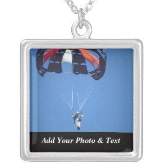 写真Skydivingはネックレスを遊ばします シルバープレートネックレス