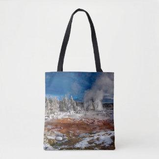 冬のイエローストーン国立公園ワイオミング トートバッグ