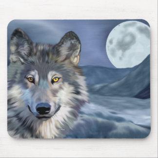 冬のオオカミの満月 マウスパッド
