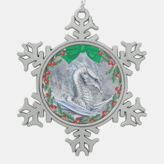冬のドラゴンのオーナメント スノーフレークピューターオーナメント
