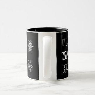冬のマグ-抱擁及び雪片を暖めて下さい ツートーンマグカップ
