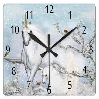 冬のユニコーンおよび子馬の柱時計 スクエア壁時計