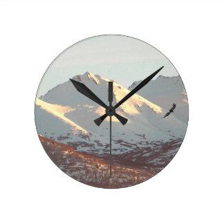 冬のワシ ラウンド壁時計