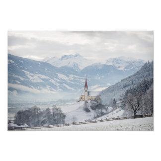 冬の写真のプリントのZillertalの教会 フォトプリント
