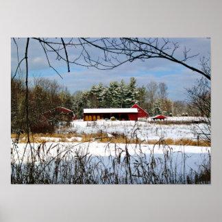 冬の写真撮影のプリントの赤い納屋 ポスター