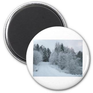 冬の喜びの雪道エストニア マグネット