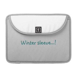 冬の家 MacBook PROスリーブ