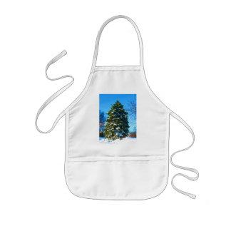 冬の常緑樹 子供用エプロン