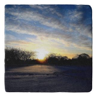 冬の日の出 トリベット
