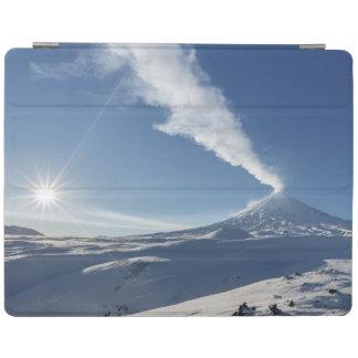 冬の景色、活火山の眺め iPad カバー