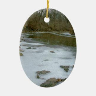 冬の氷の入り江 セラミックオーナメント
