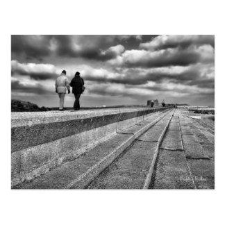 冬の海岸の散歩、ファインアート ポストカード
