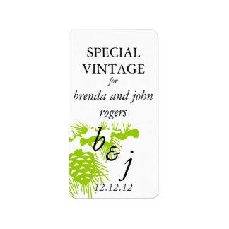 冬の結婚式のワイン・ボトルのラベルの緑 宛名ラベル