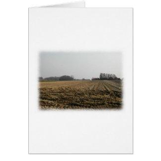 冬の耕された分野。 景色 カード