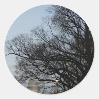 冬の薄暗がりの写真の米国の国会議事堂 ラウンドシール