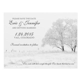 冬の降雪のクラシックな結婚式の保存日付 ポストカード