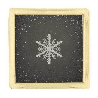 冬の雪片の白いチョークのスケッチ ゴールド ラペルピン