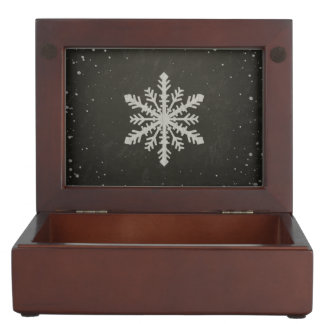冬の雪片の白いチョークのスケッチ ジュエリーボックス