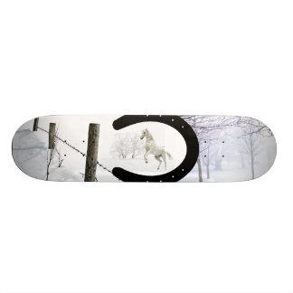 冬の馬 20.6CM スケートボードデッキ