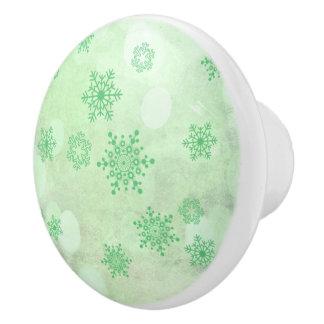 冬の《写真》ぼけ味の緑 セラミックノブ