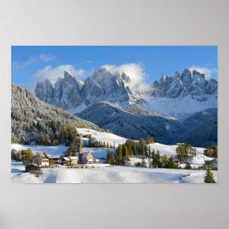 冬ポスターのドロマイトの村 ポスター