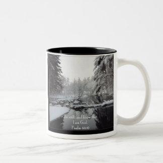 冬場面-賛美歌の46:10 ツートーンマグカップ