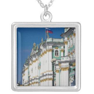 冬宮殿およびエルミタージュ美術館 シルバープレートネックレス