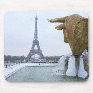 冬2のエッフェル塔 マウスパッド