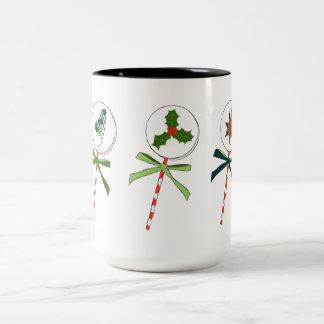 冬: 図解入りの、写真付きのな休日の棒つきキャンデー ツートーンマグカップ