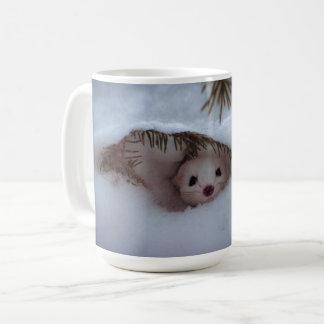 冬-短い後につかれたイタチ コーヒーマグカップ