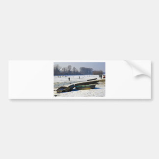 冬-霜の降りたな日のDanube川 バンパーステッカー