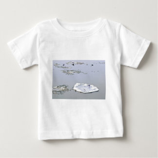 冬-霜の降りたな日のDanube川 ベビーTシャツ