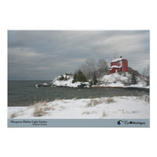 冬- Marquette、MIのMarquetteの灯台 ポスター