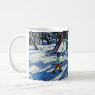 冬Bourg St Moritzのスライド コーヒーマグカップ