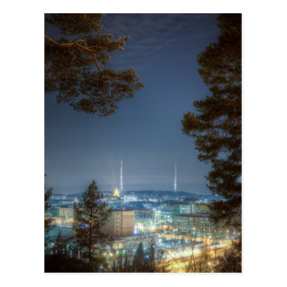 冷たい冬夜の無線タワー ポストカード