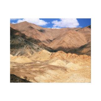 冷たい砂漠の景色、Ladakh キャンバスプリント