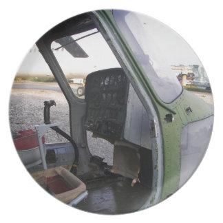 冷戦のヘリコプターの残物 プレート
