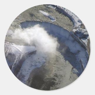 凍結する滝 ラウンドシール