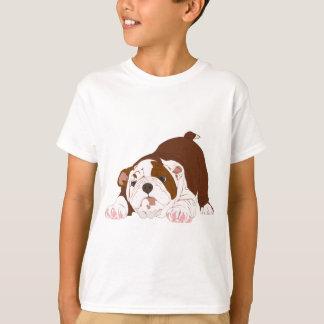 凝灰岩の子犬のよくはしゃぐなブルドッグの子犬 Tシャツ