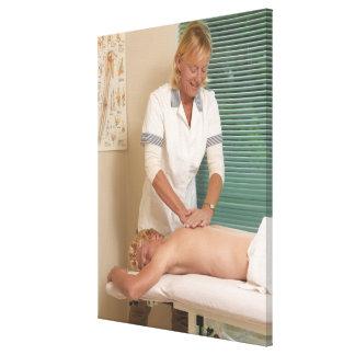 処理している整骨療法家か脊柱指圧師 キャンバスプリント