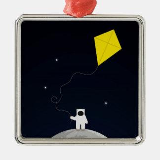 凧を持つ宇宙飛行士 メタルオーナメント
